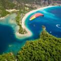 ムーラ県にある宝石のような海・フェティエのビーチと遺跡、それと川床!?